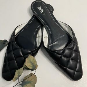 Zara quilted black slide in flats. Size 10
